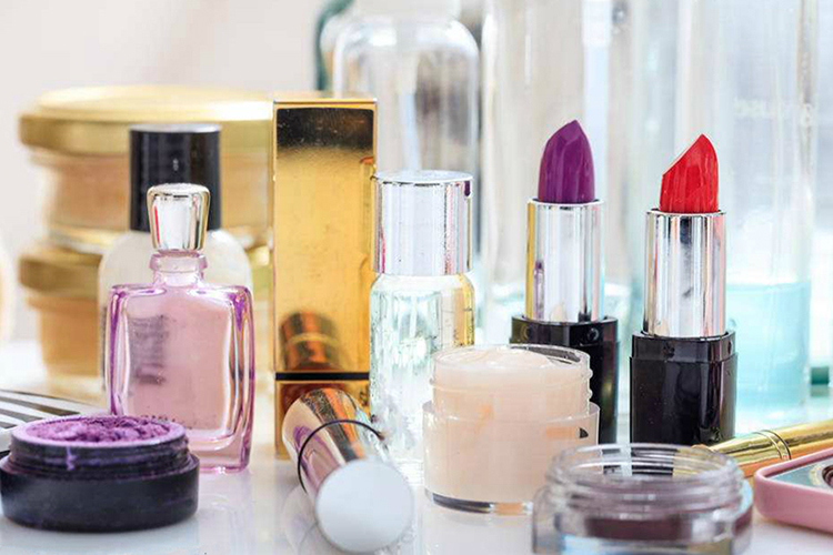 The Overview of Cinnamic Acid Derivatives in Cosmetics Current Use and Future Prospects